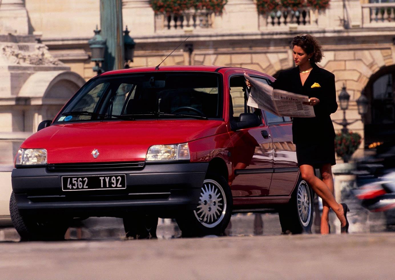 RENAULT CLIO 16s WEB