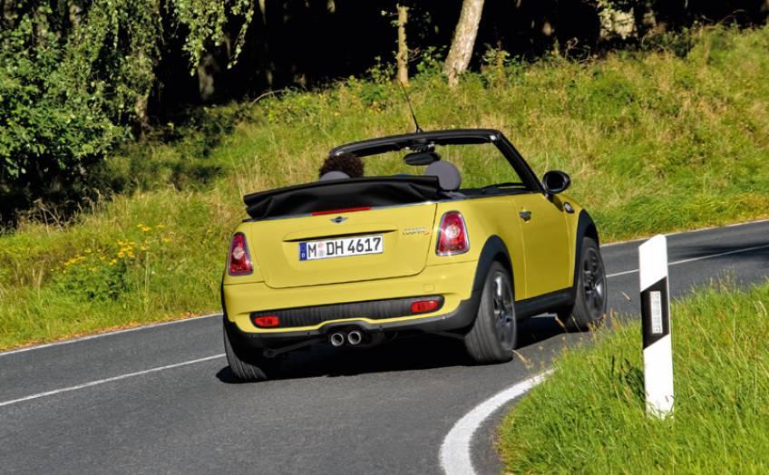 mini cooper s cabrio plus cossue automobile club association. Black Bedroom Furniture Sets. Home Design Ideas